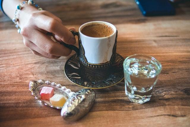 Taza de café turco
