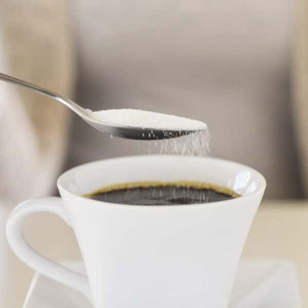 Azúcar en el café